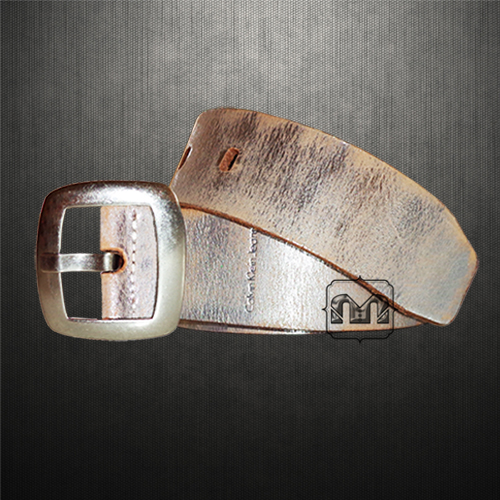 Calvin Klein Jeans Metalic Genuine Leather Belt With Bold Metal Buckle