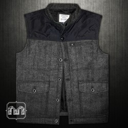 ~Wrangler Quilted Grey Woven Vest Jacket